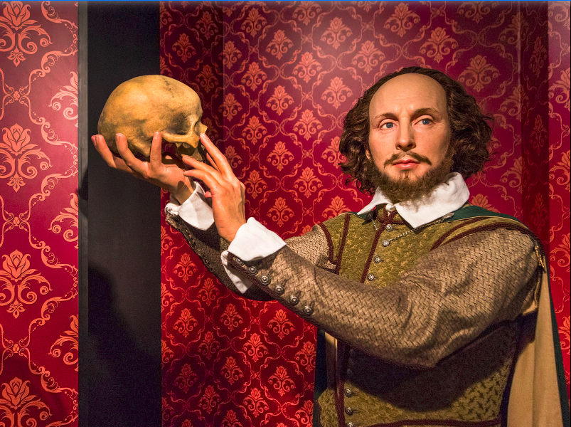 Shakespeare holding up a skull